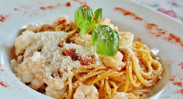 Toast to Valentine's Day Over Italian Fare at Olazzo, Located Just Moments From Central